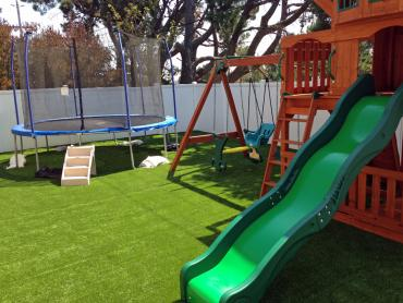 Artificial Grass Photos: Plastic Grass Industry, California Kids Indoor Playground, Beautiful Backyards