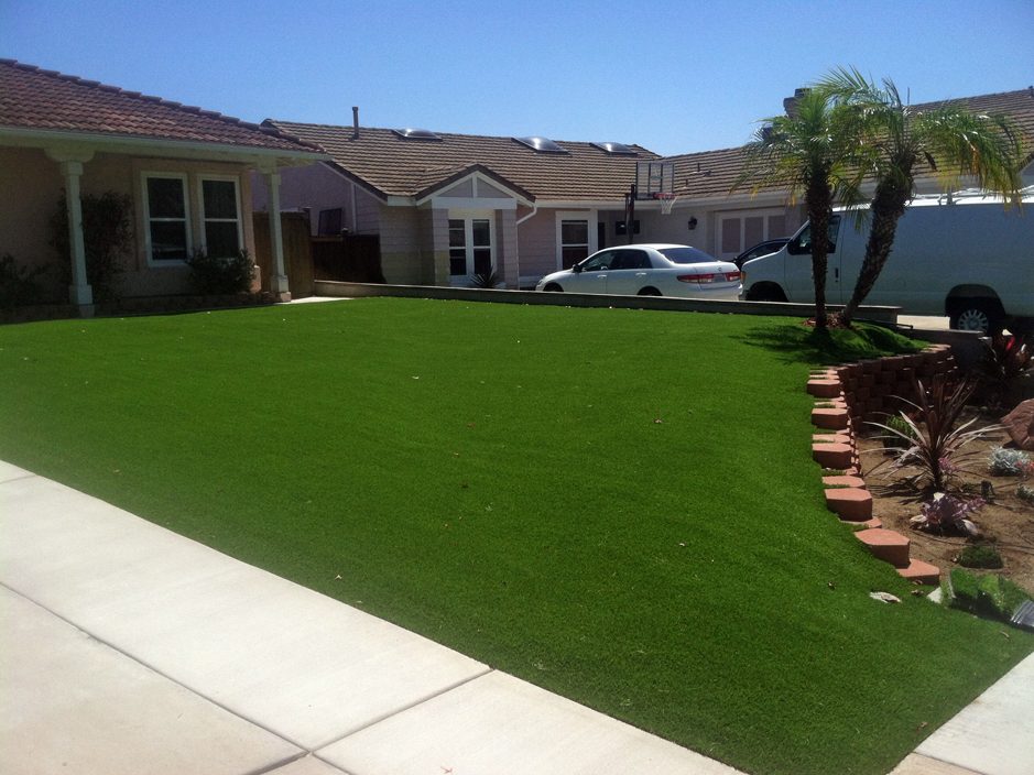 Synthetic grass cost palm desert california garden ideas for Cost to landscape front yard